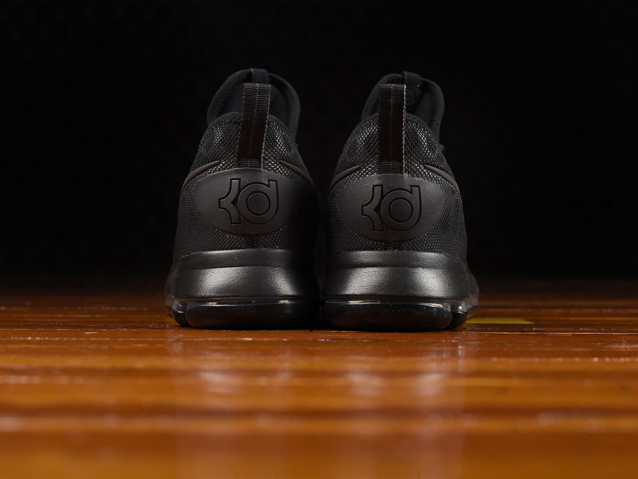 kd-9-triple-black-3