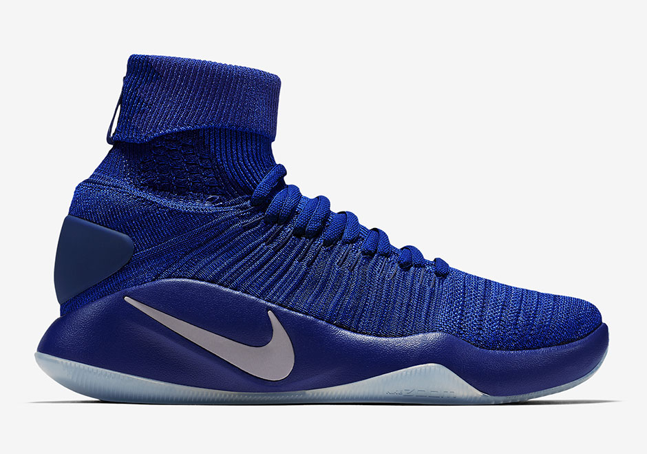 the-nike-hyperdunk-2016-elite-surfaces-in-game-royal-1