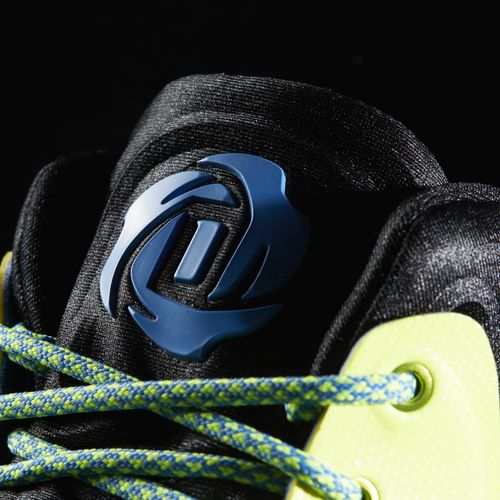 there-is-a-new-primeknit-edition-of-the-adidas-d-rose-7-available-now-6