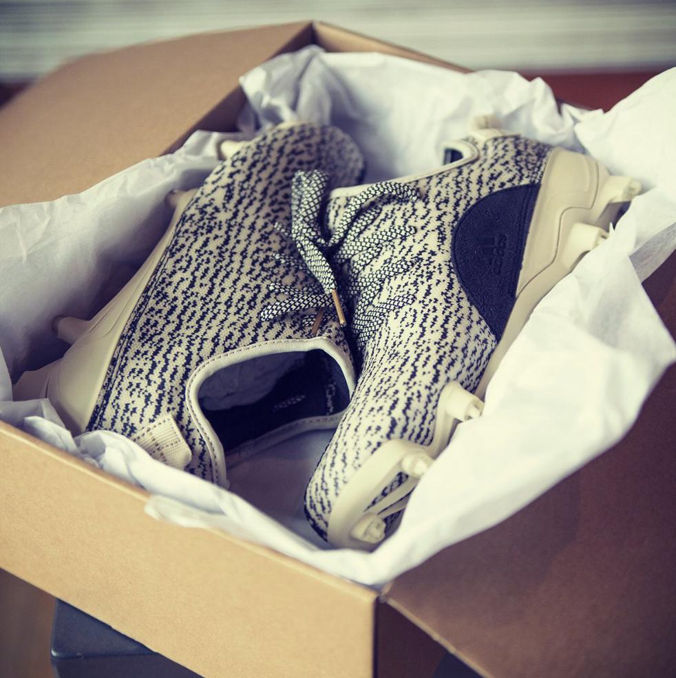 adidas-yeezy-350-cleat-1