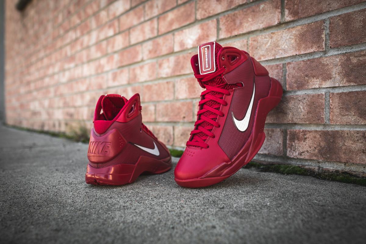 Nike Hyperdunk 08 Gym Red