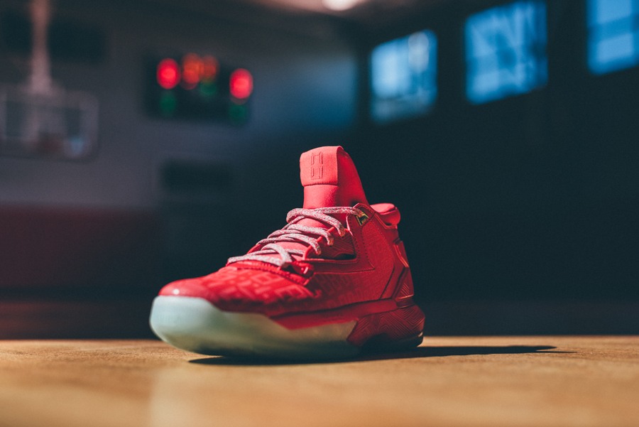 adidas-d-lillard-2-dame-time-official-look-and-release-date-2