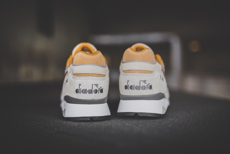 diadora v.7000 premium sand light gray 1