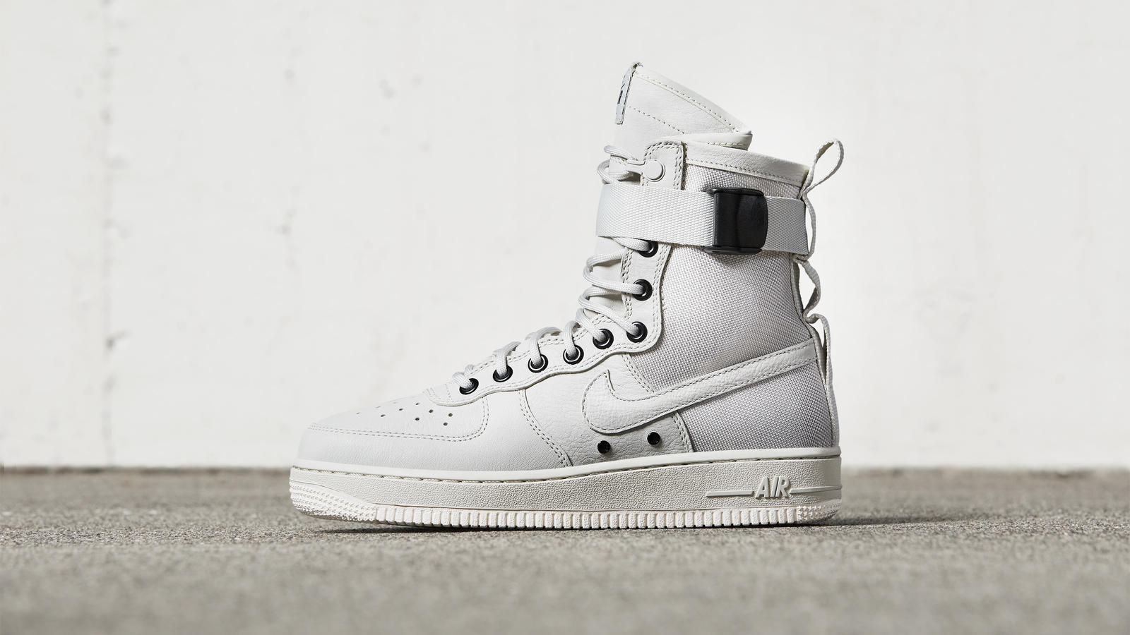 The New Generation of Force The Special Field Air Force 1