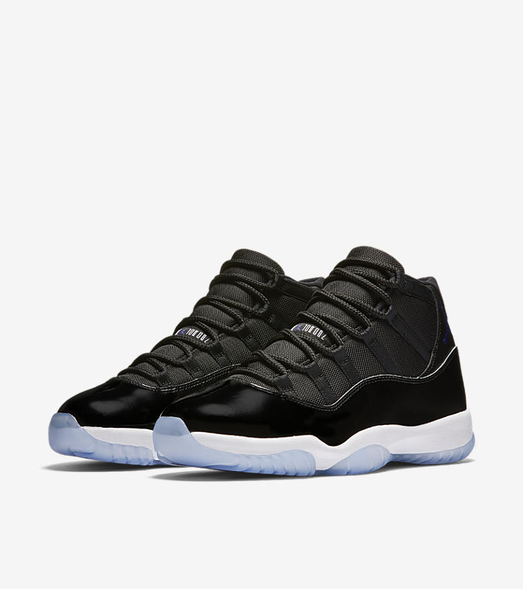 Air Jordan XI Retro Space Jam- Full