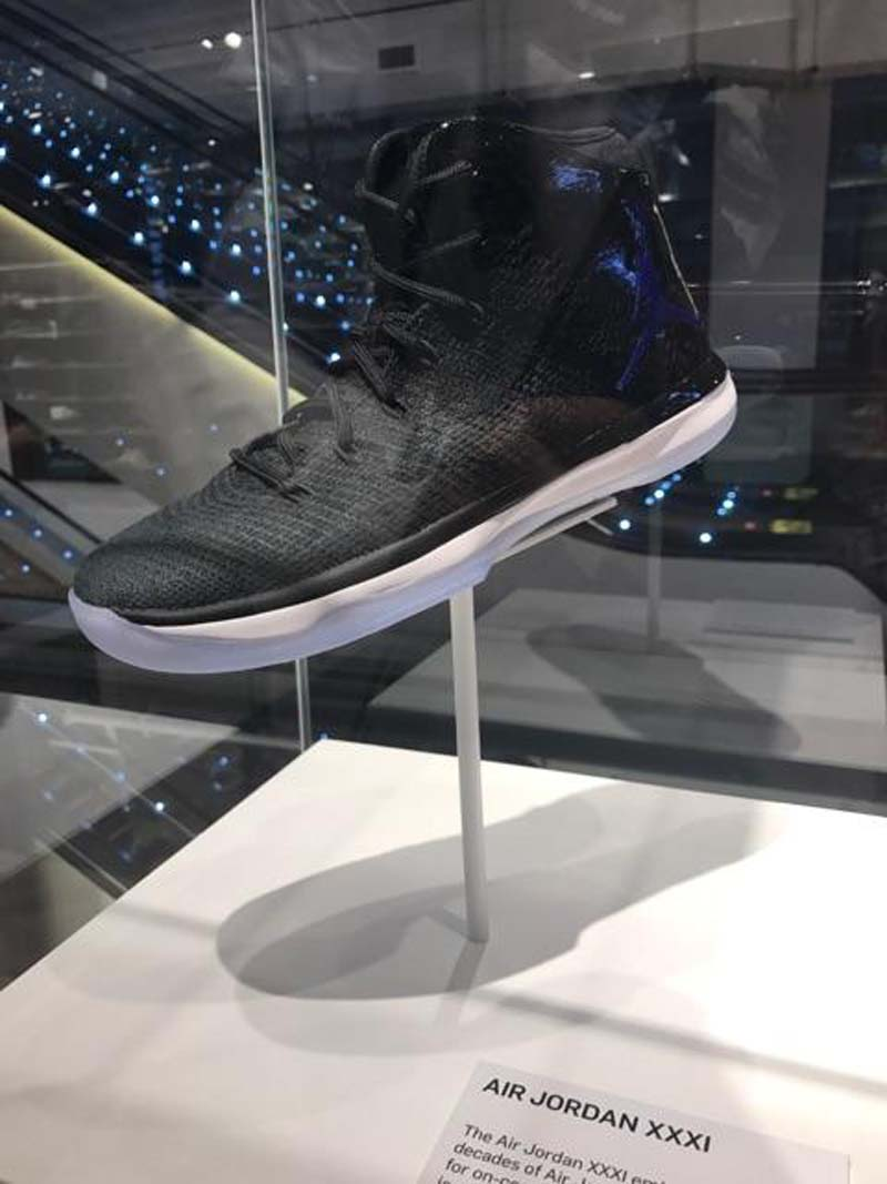 jordan-brands-holiday-lineup-on-display-at-nike-store-soho-5