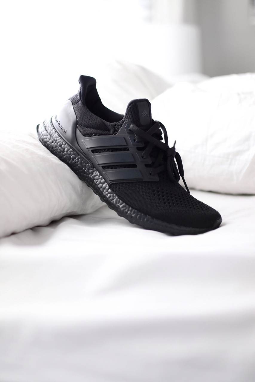 adidas ultraboost triple black 11