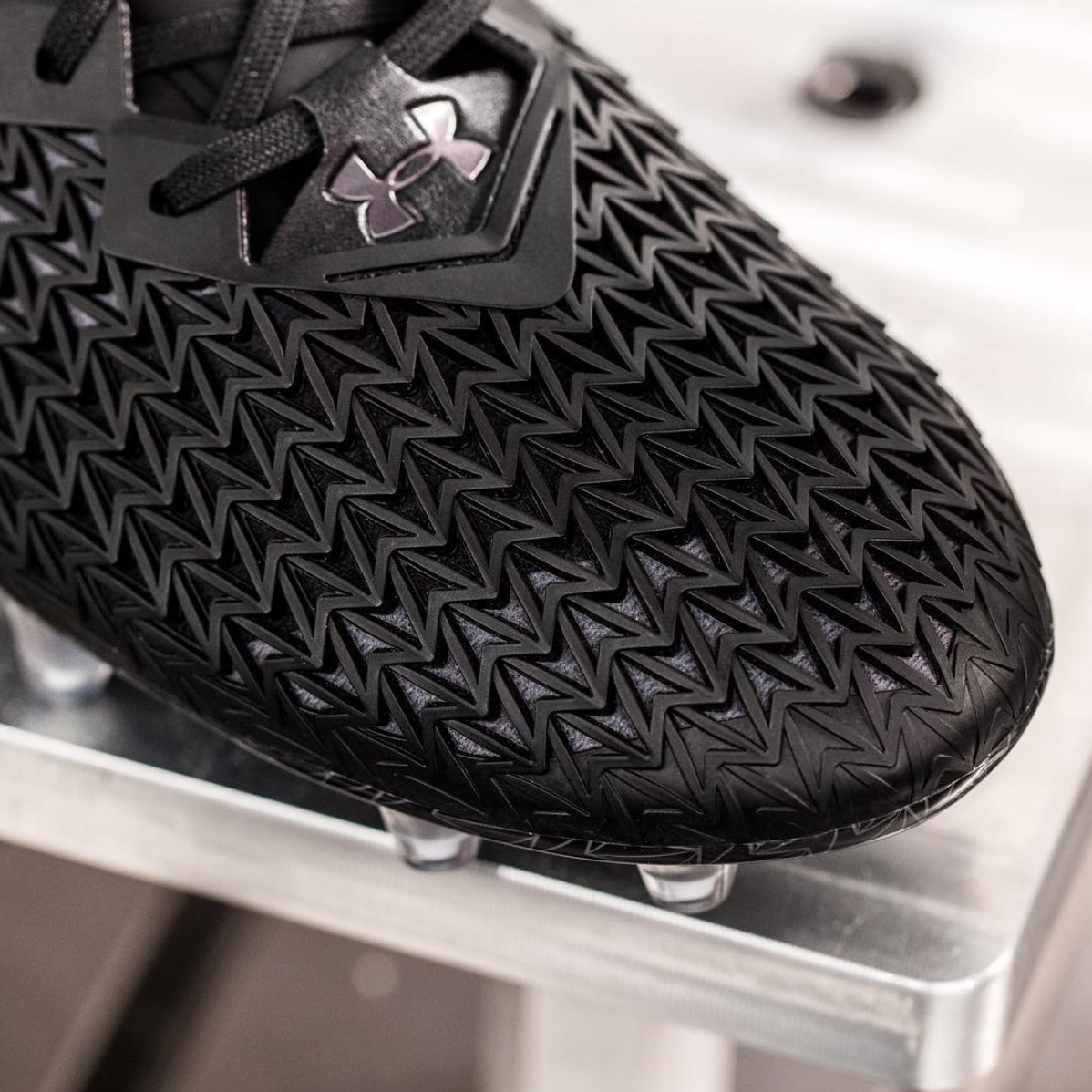 UA Clutchfit 3.0 Soccer Cleat 2