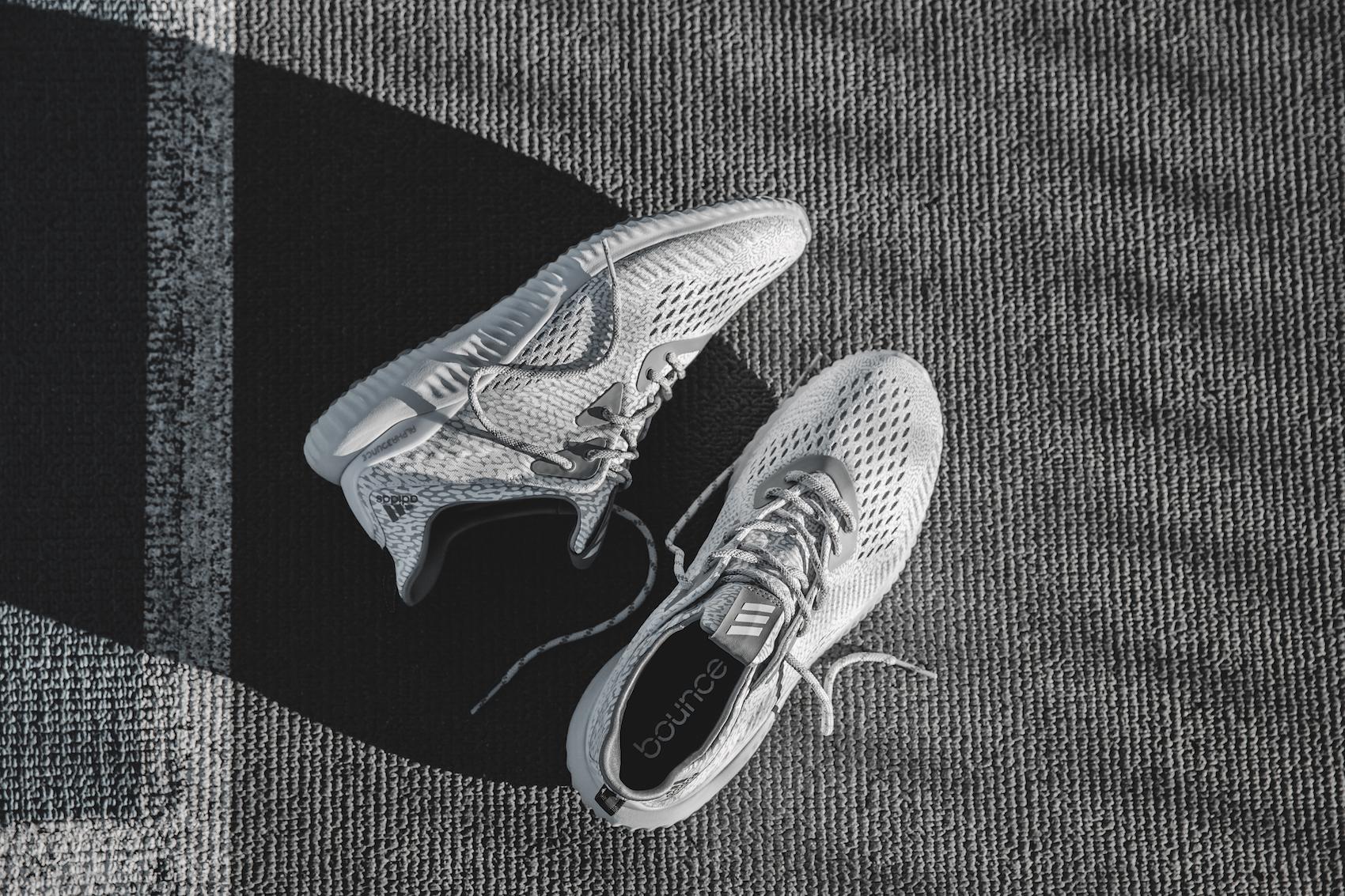 adidas alphabounce ams white 21