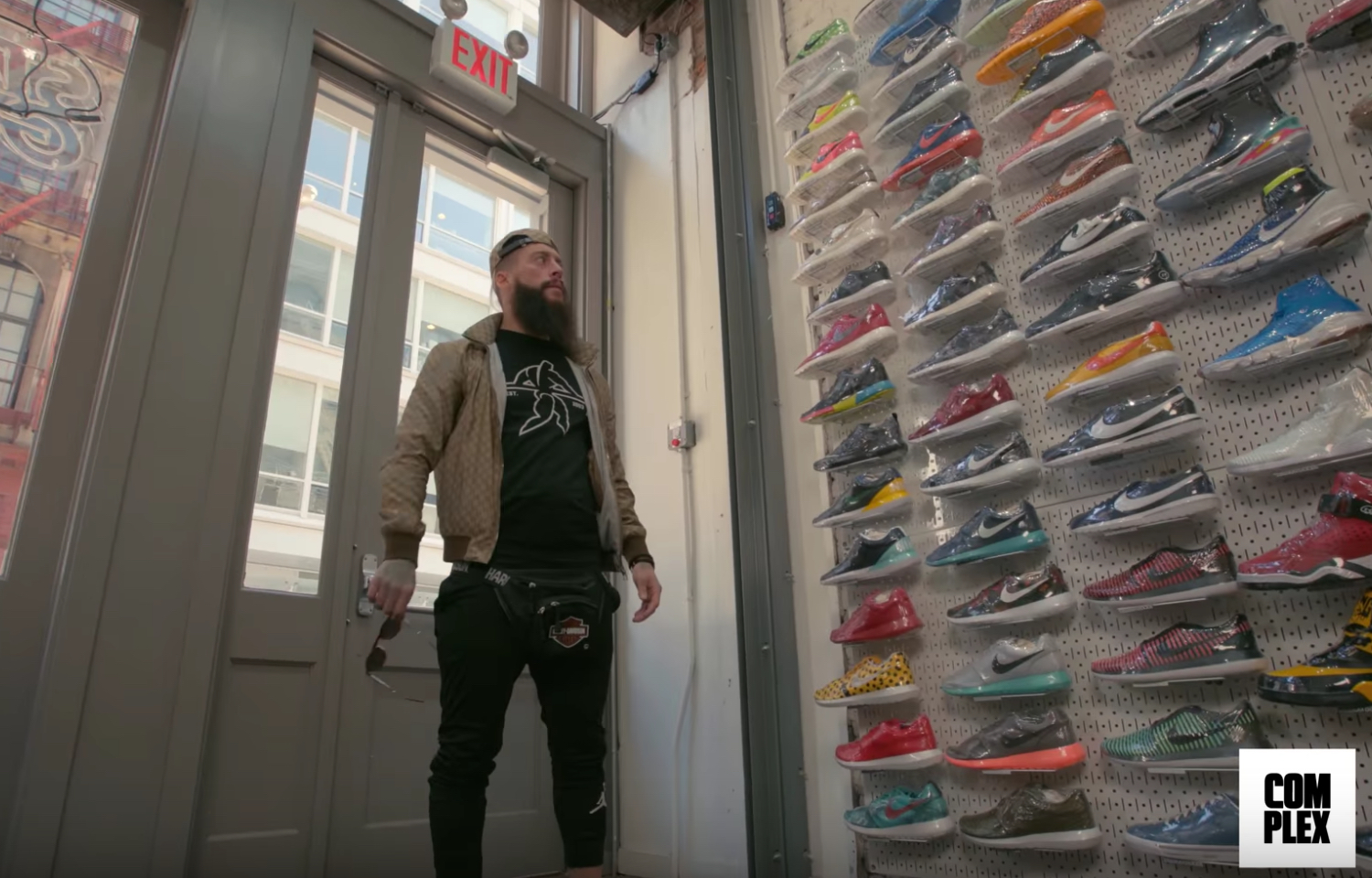 sneaker shopping enzo amore 1