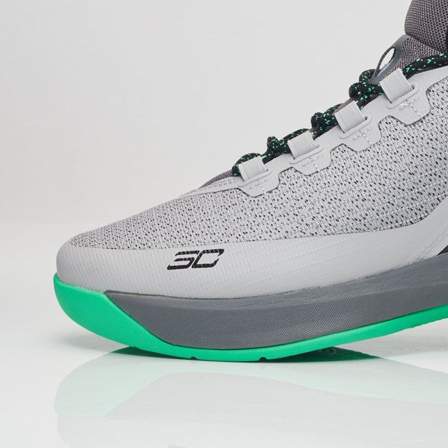 under armour curry 3 grey-green 4