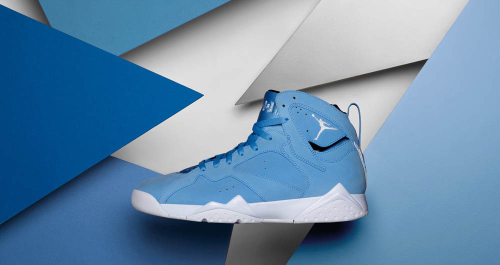 Air-Jordan-7-Retro-University-Blue-1