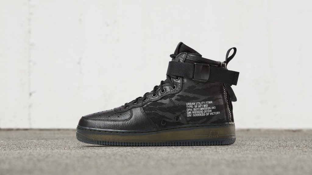 The Nike Special Field Air Force 1 Mid