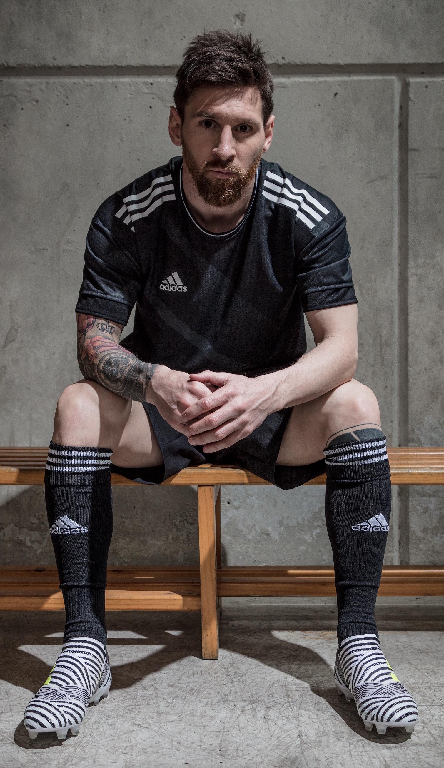 Seminario nettamente Calpestare  adidas Launches Nemeziz Soccer Cleat for Stars Leo Messi, Renato Sanches,  and Roberto Firmino - WearTesters