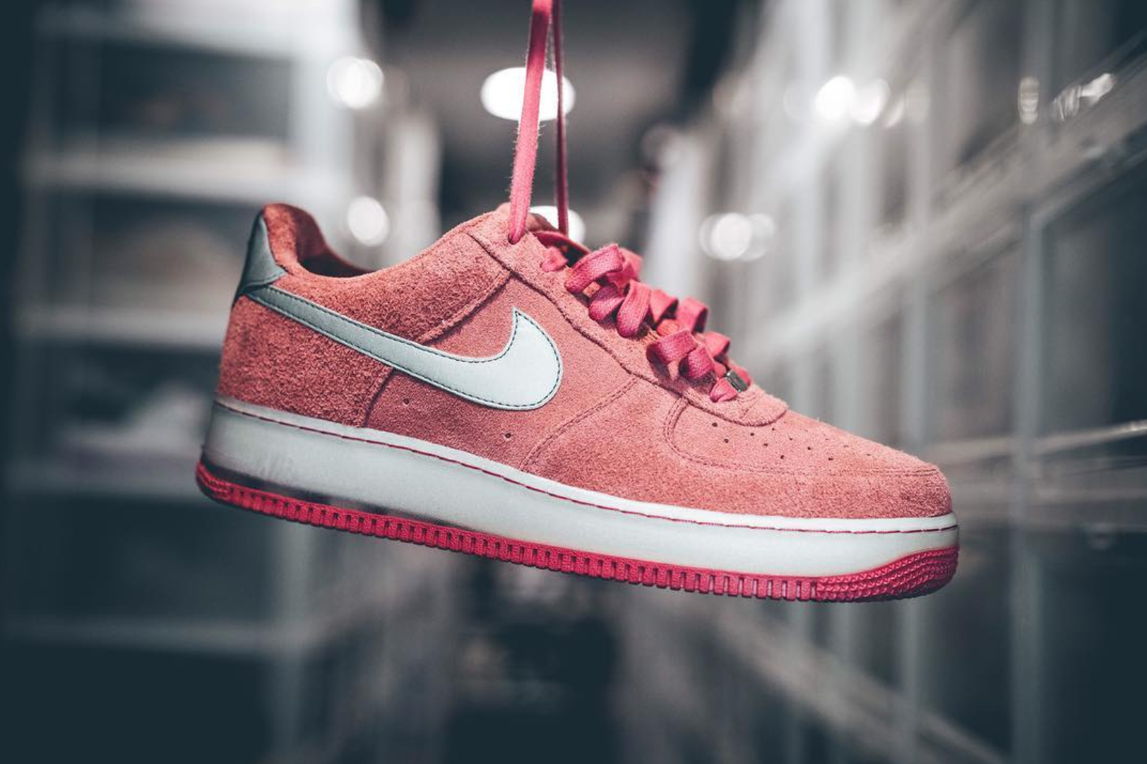 mayor mondays strawberry quick air force 1