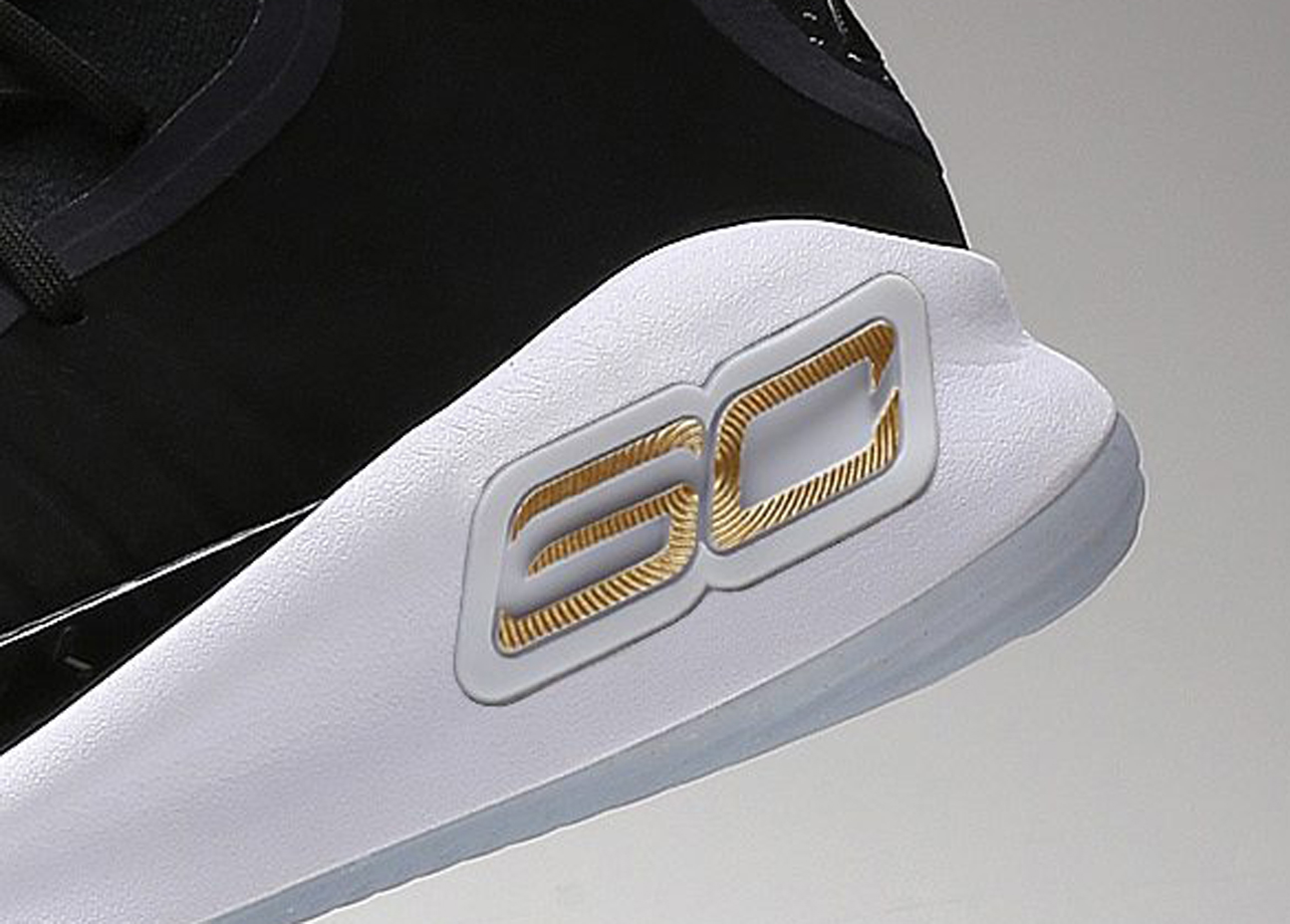 Under-Armour-Curry-4-Finals-Away-Main