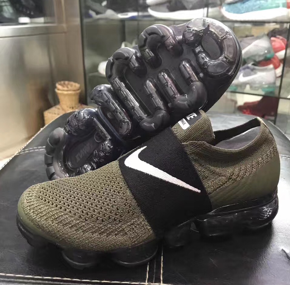 nike air vapormax laceless olive 1