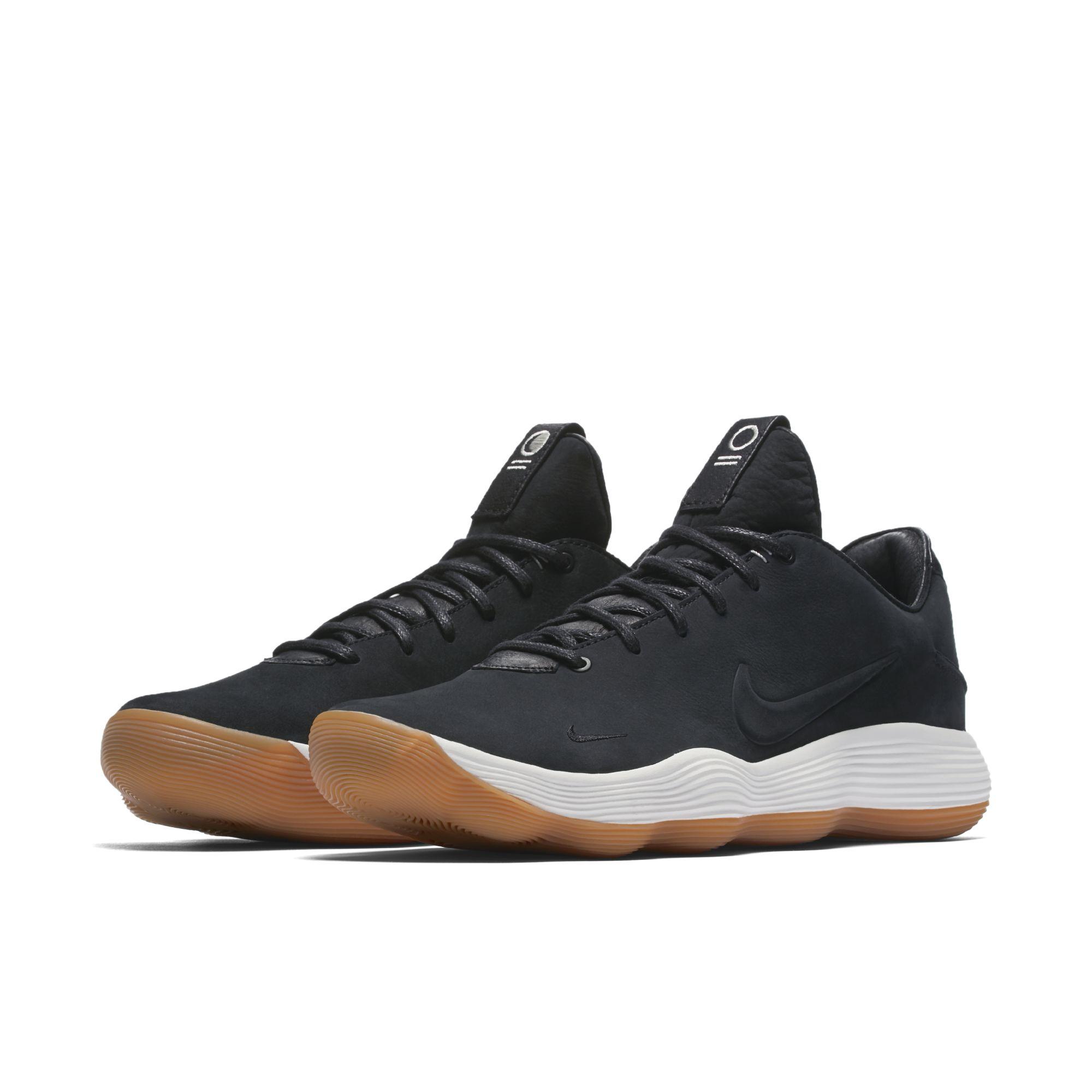 Detailed Look at the Premium Nike React