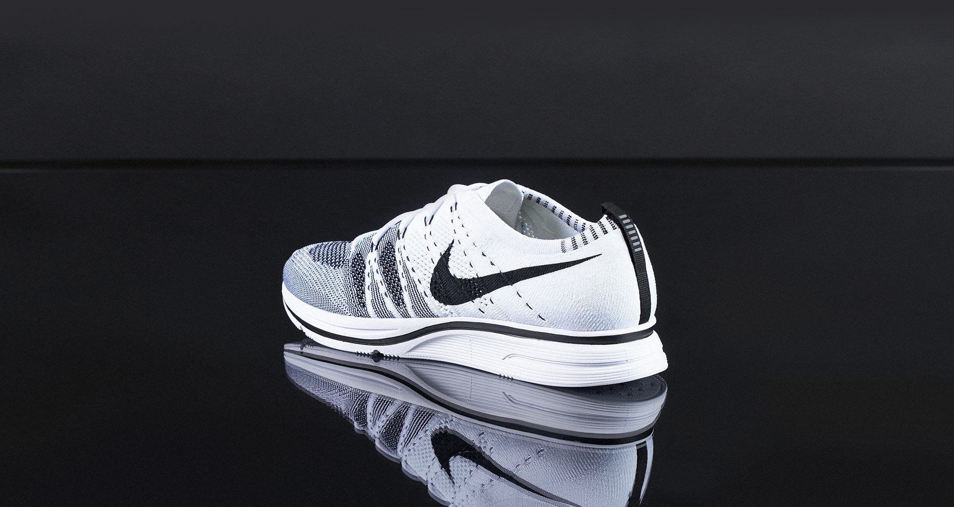 6 Days 6 Sneakers 1 Flyknit Trainer
