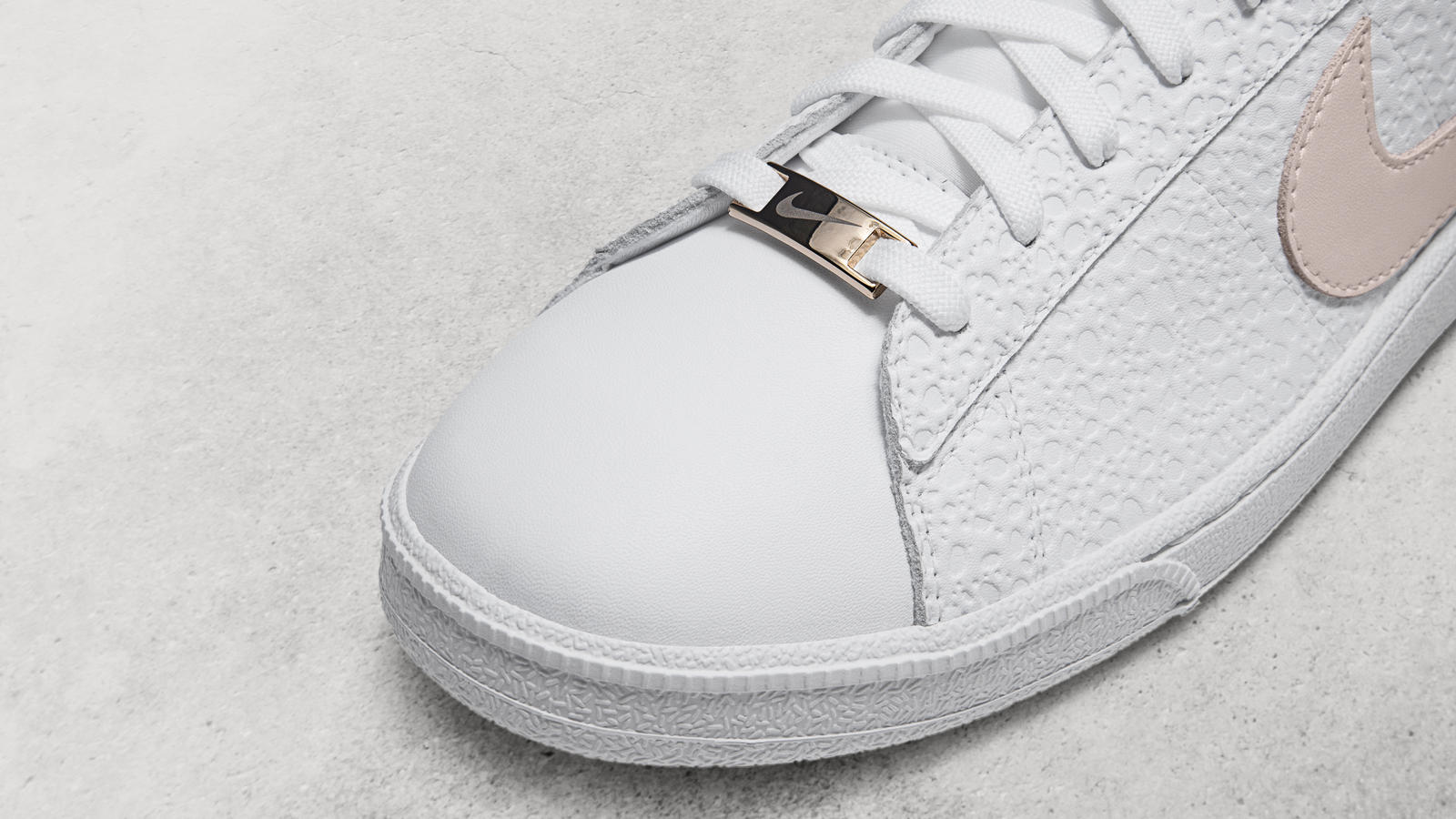 Nike Flyleather Tennis Classic SE 1