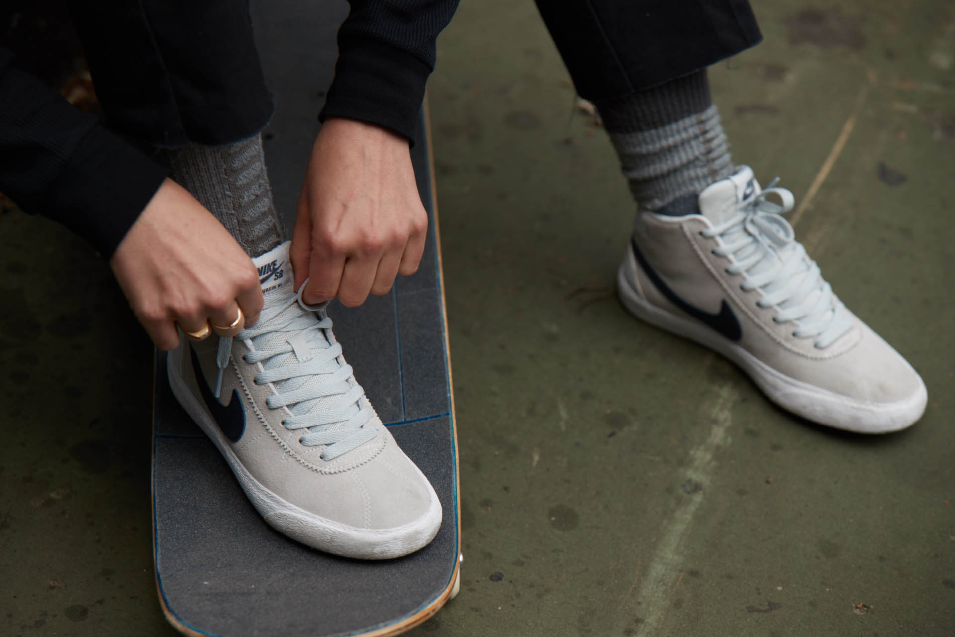 Women's Nike SB Bruin High skate shoe 1