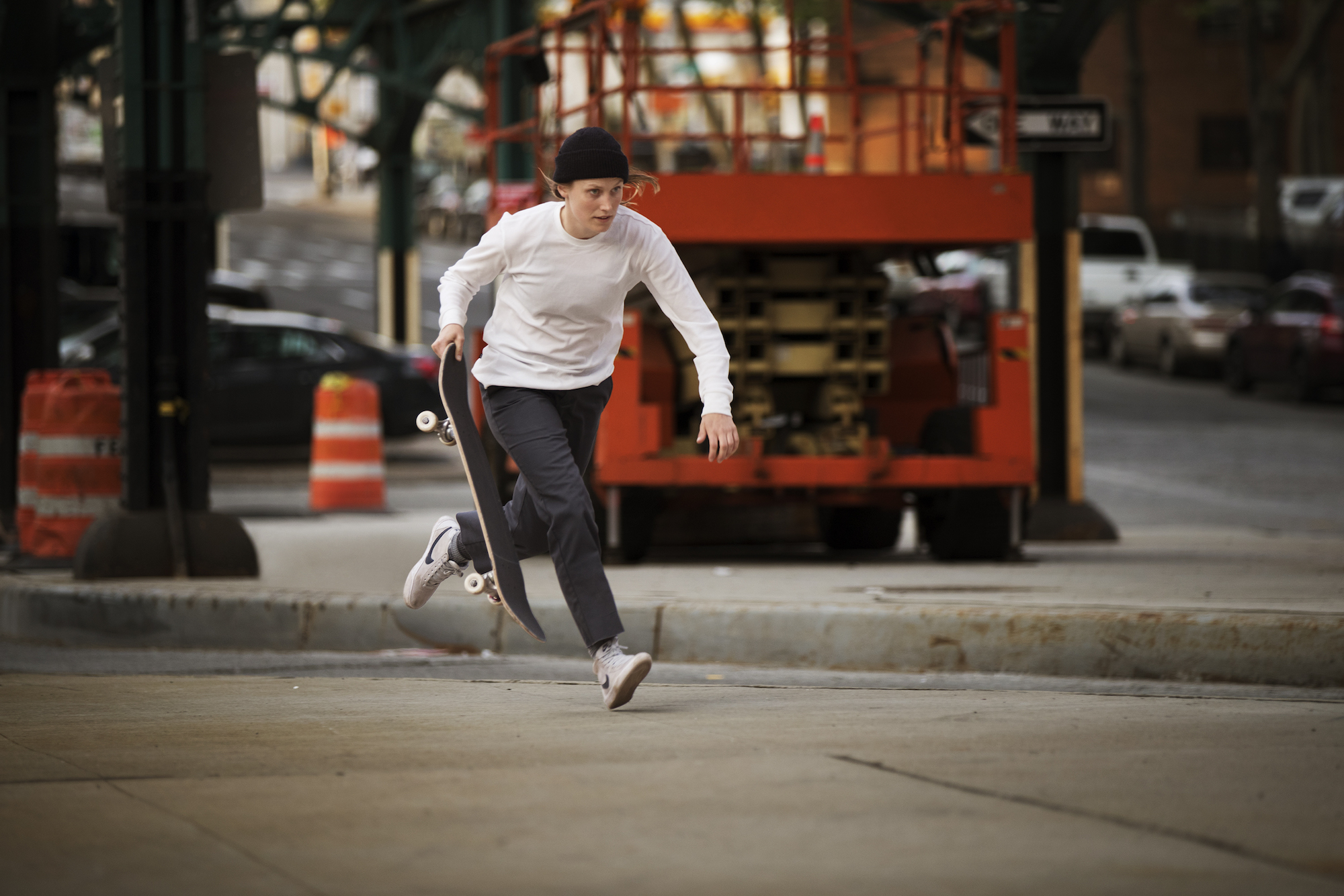 Women's Nike SB Bruin High skate shoe 5