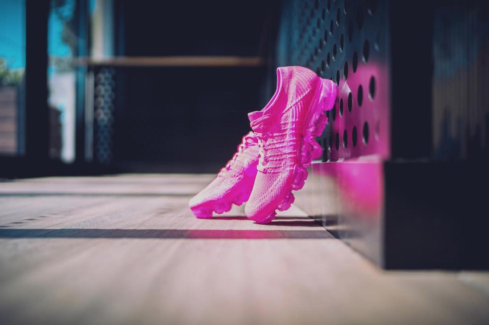 nike air vapormax flyknit pink 3