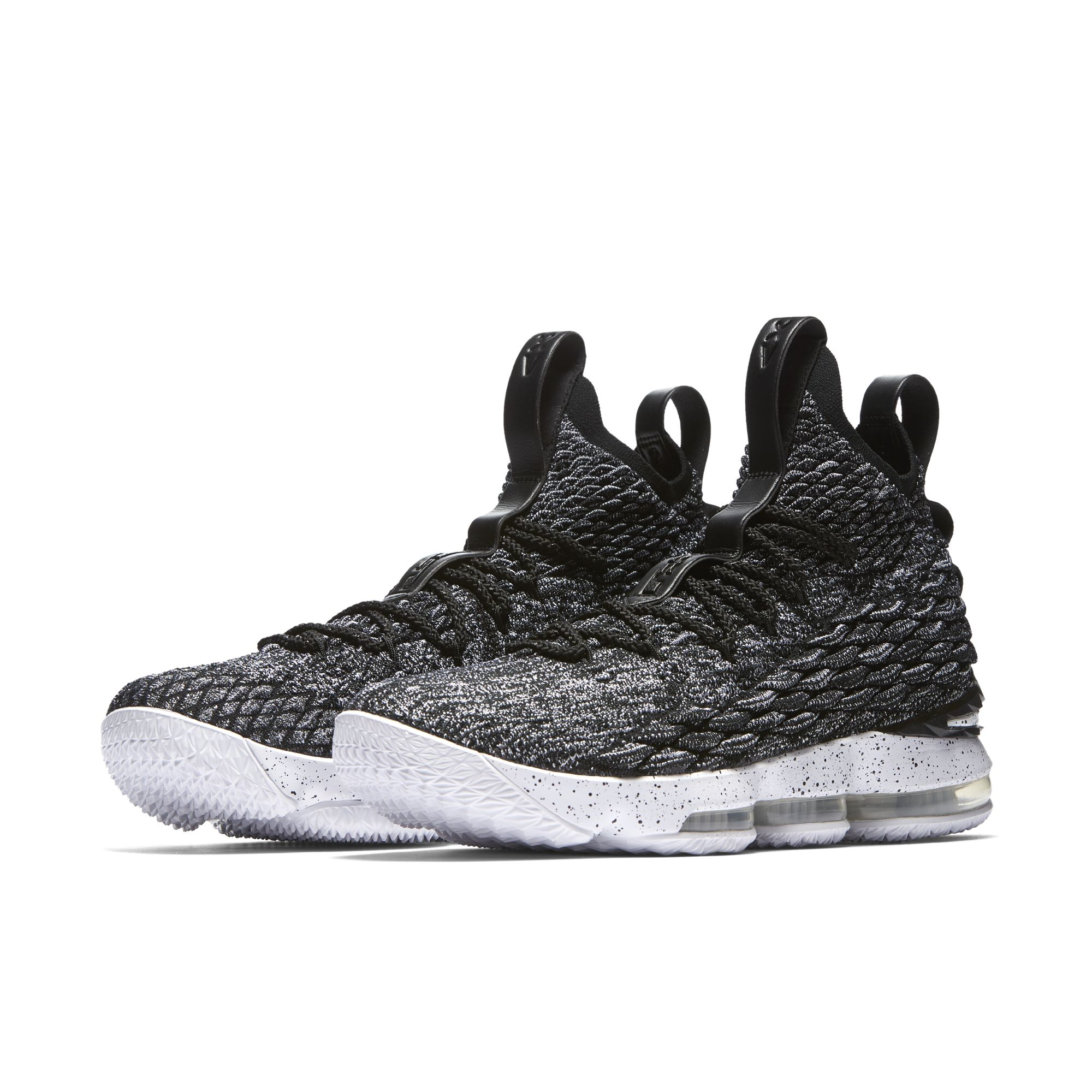 nike lebron 15 ashes 10