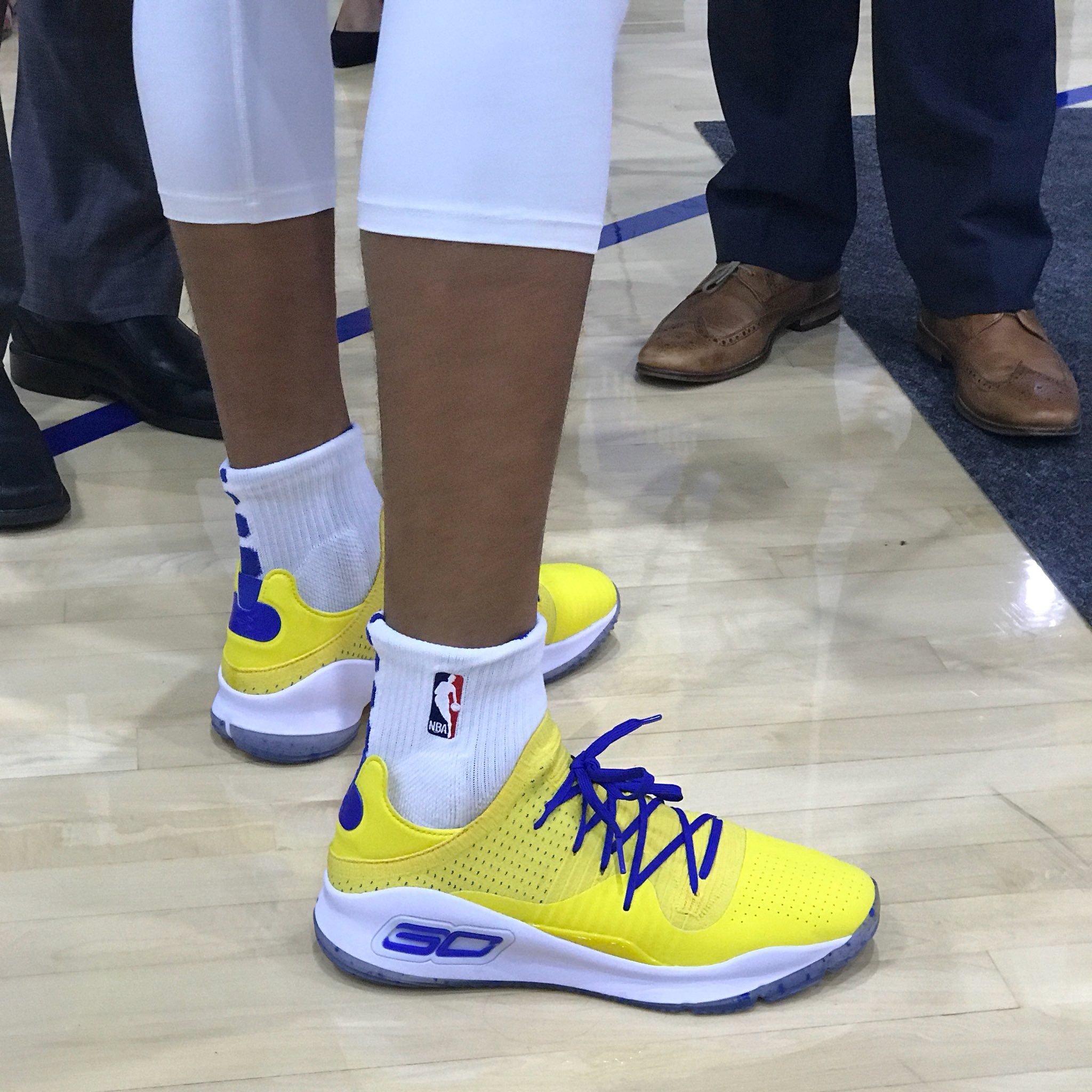 under armour curry 4 low 2