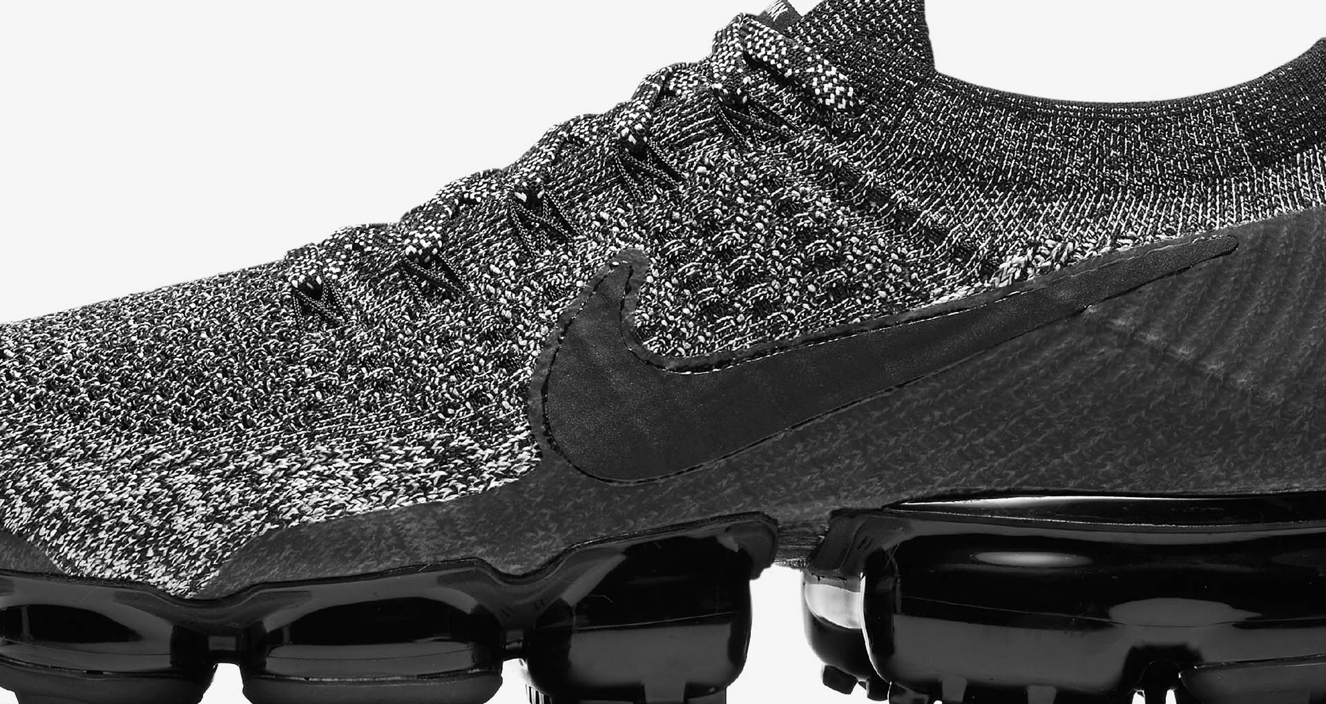 nike air vapormax cookies and cream 3