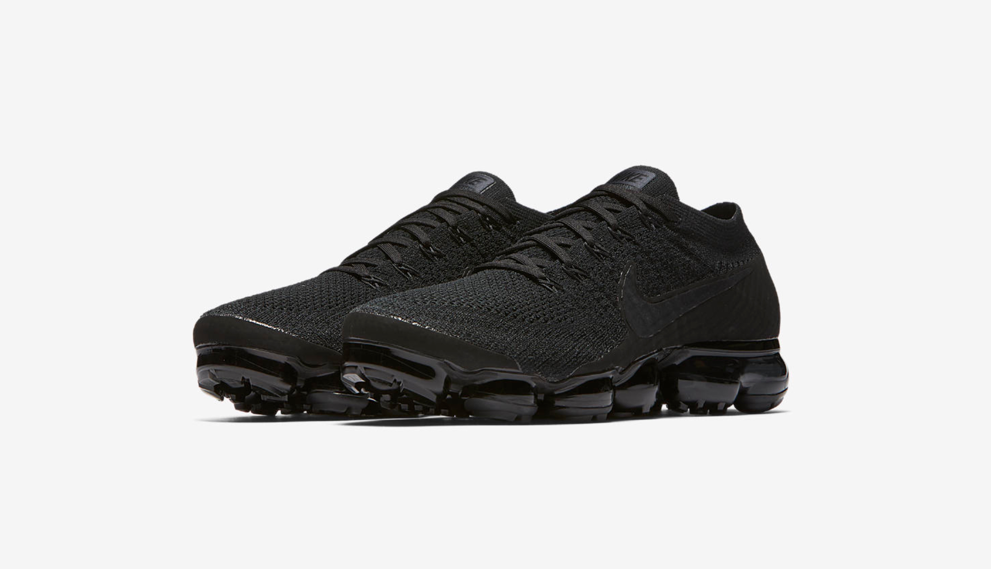 nike air vapormax triple black 5