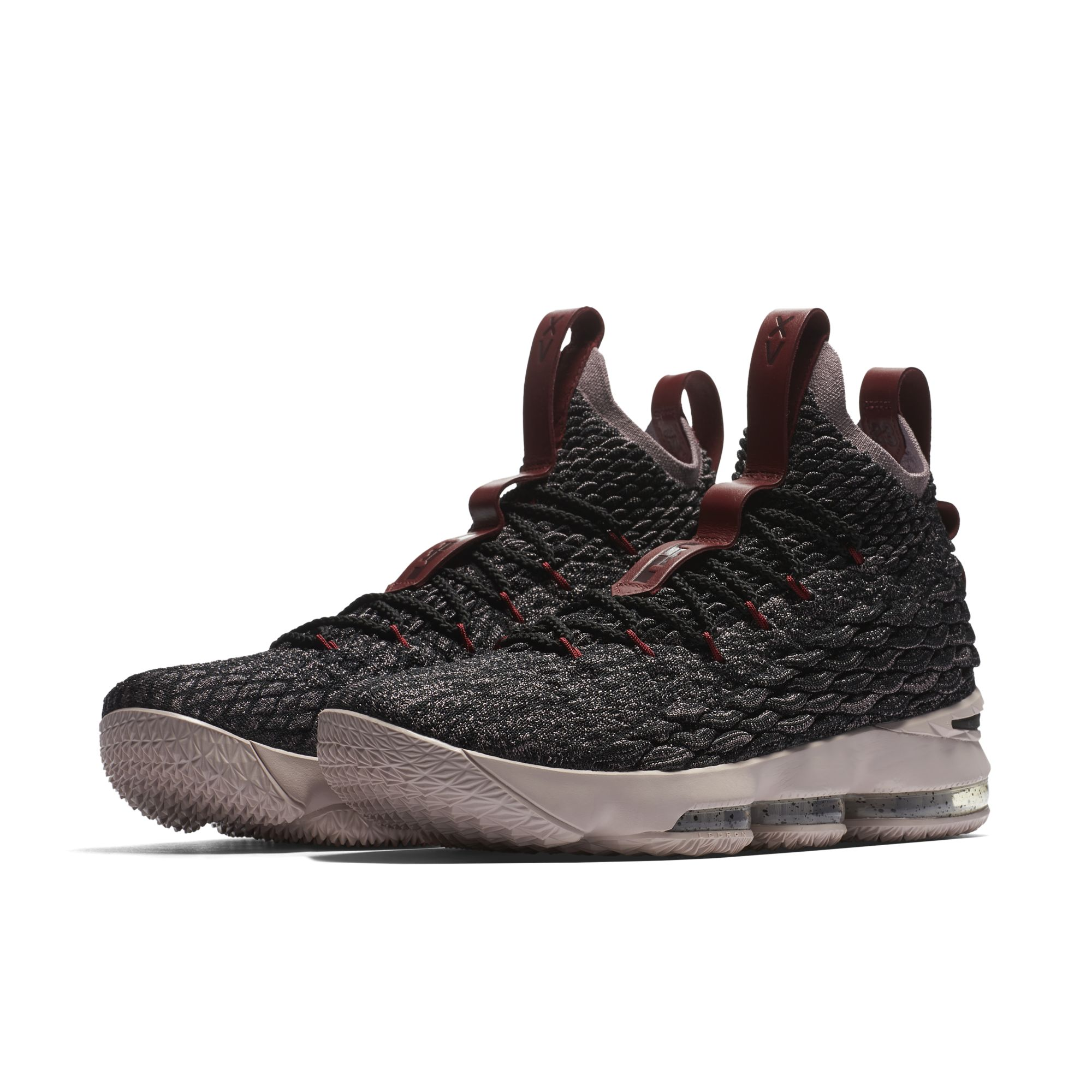 Nike-LeBron-15-Pride-of-Ohio-4