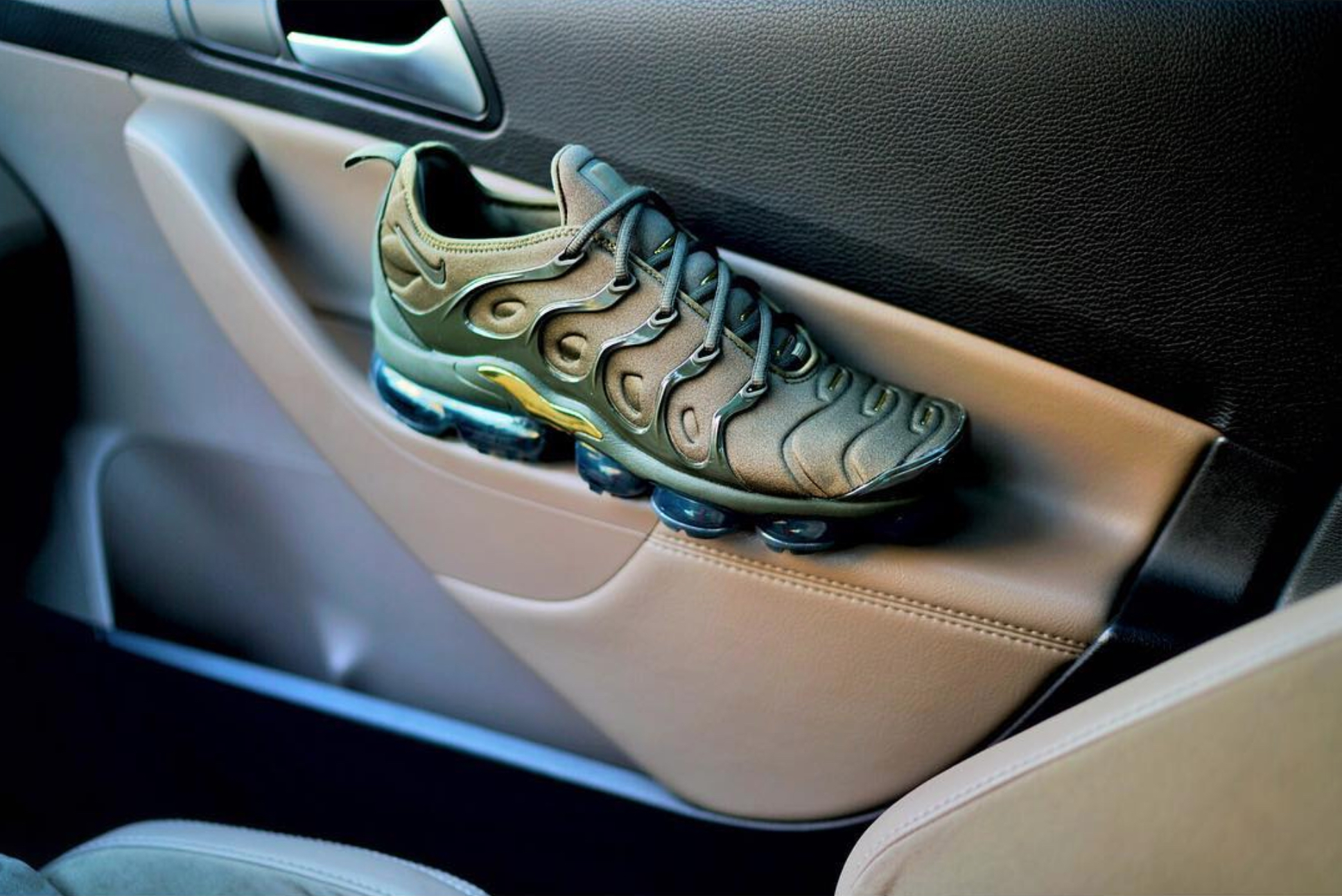 the latest 02c73 29817 Several Nike Air VaporMax Plus Colorways Drop at the End of ...