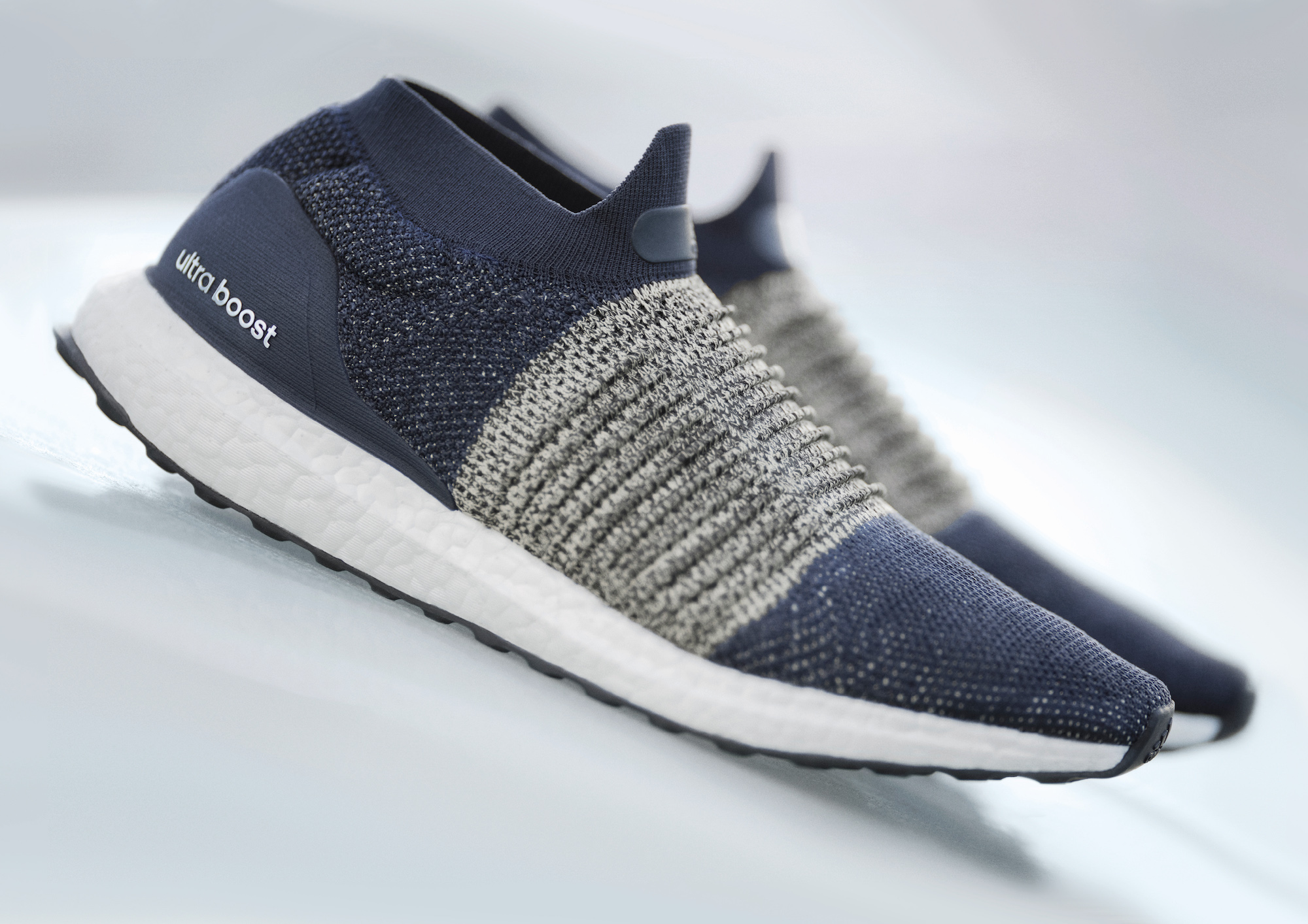 adidas ultra boost laceless 12