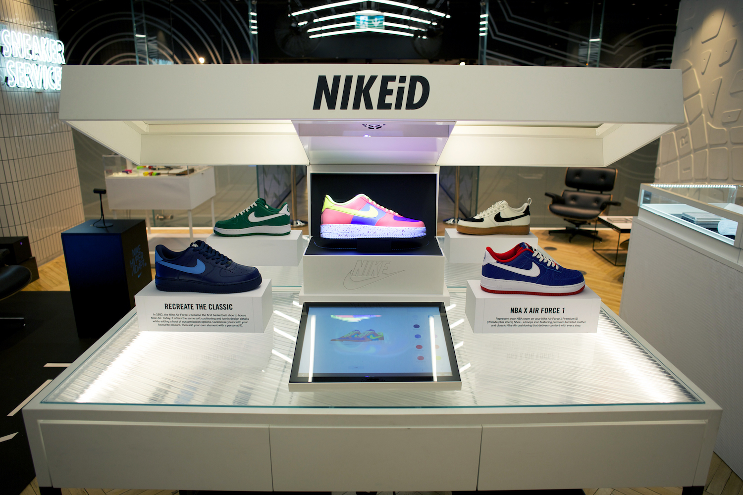 NIKEiD Direct Studio live real-time customization niketown london 6