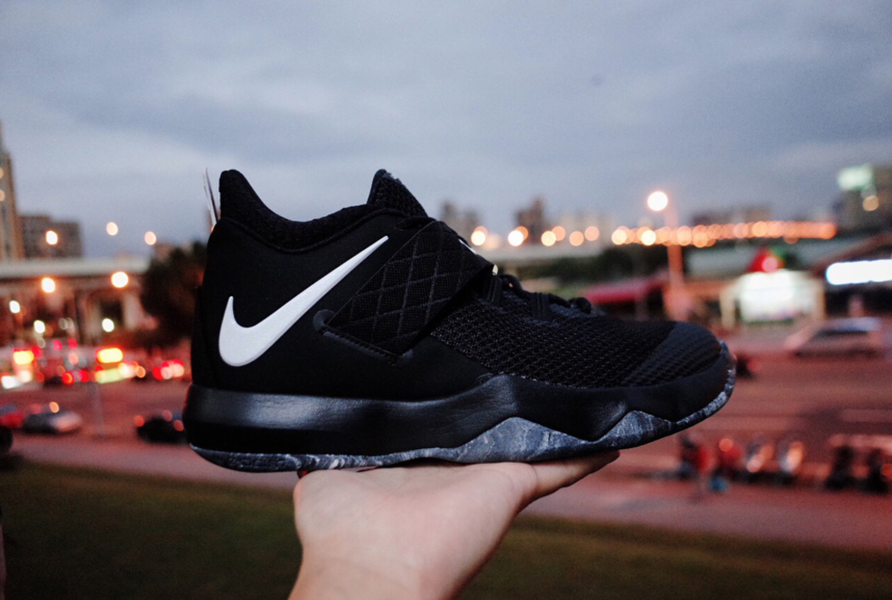 Nike Zoom Lebron Ambassador 10 - 10