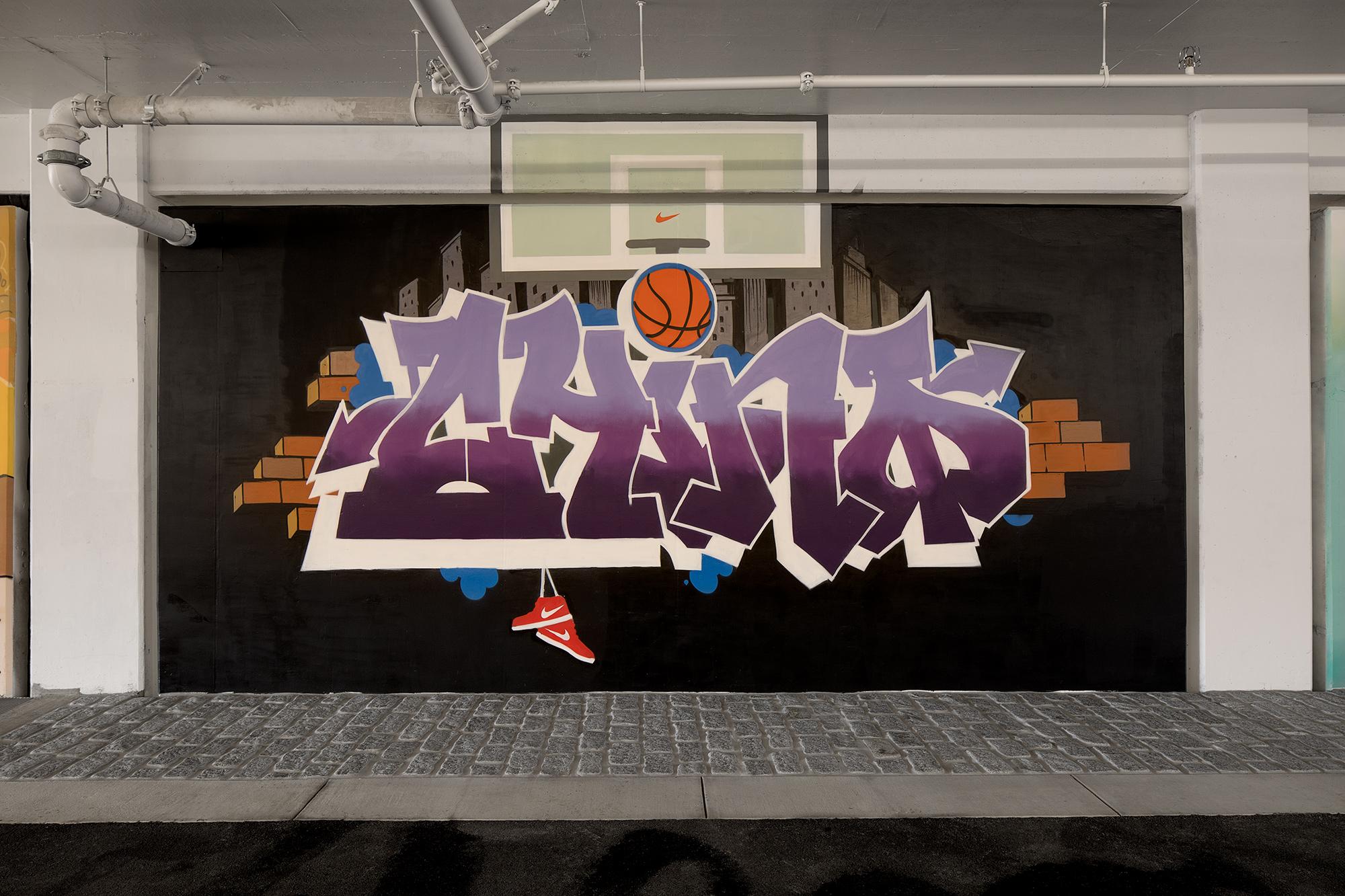 Nike NYC Garage CHINO BYI