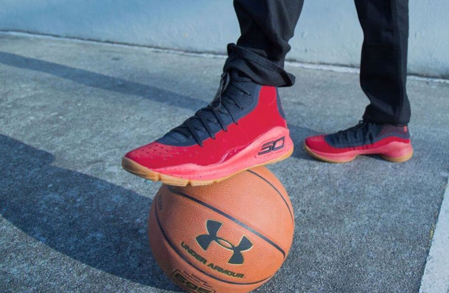 Under-Armour-Curry-4-Black-Red-2