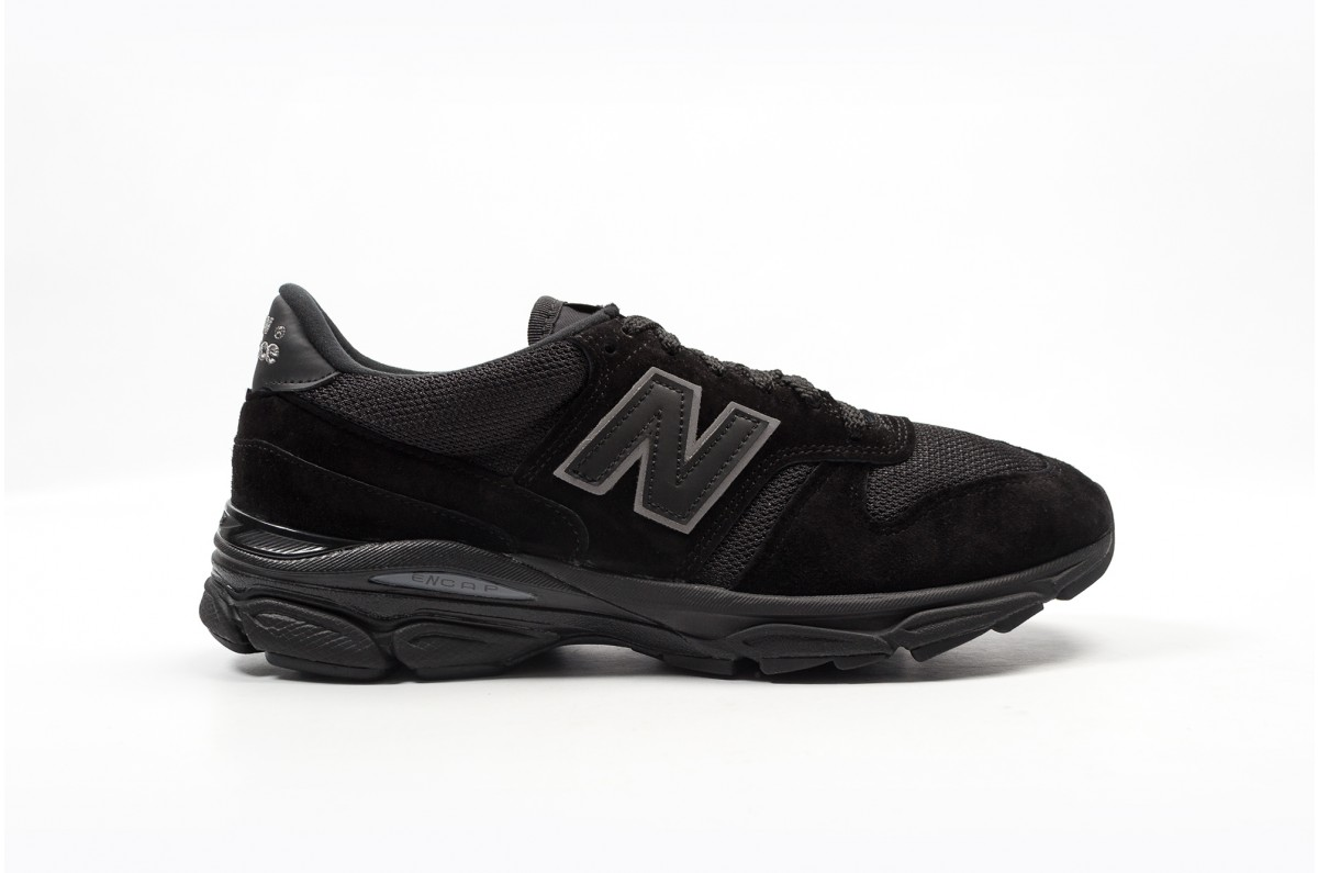new balance M7709 BK triple black 4