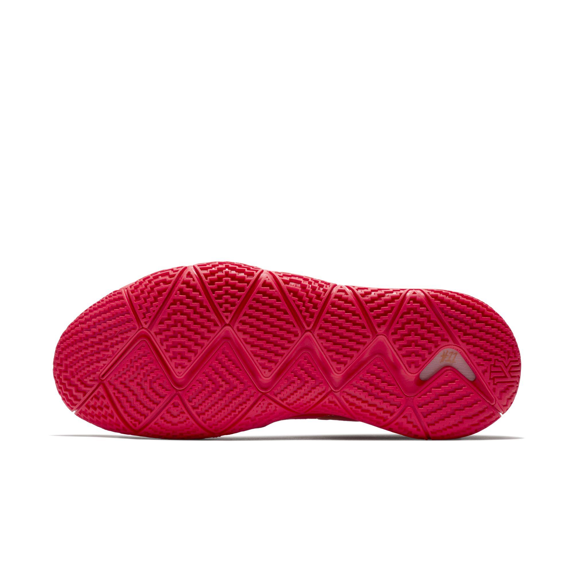 kyrie 5 red carpet