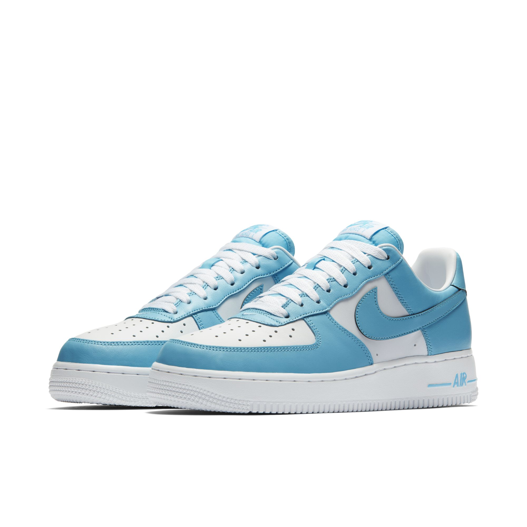 This Is the 'UNC' Air Force 1 Low We've