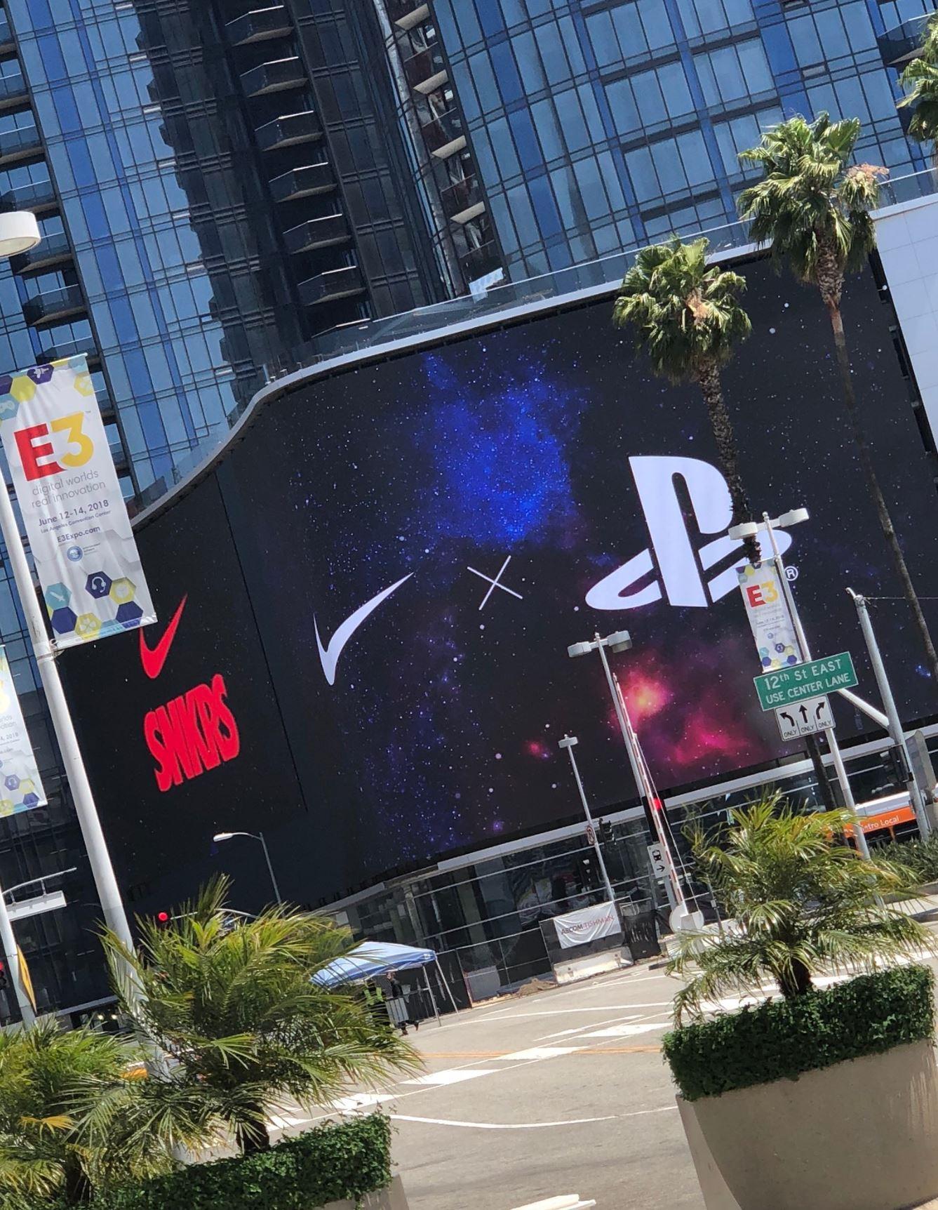 E3 playstation nike