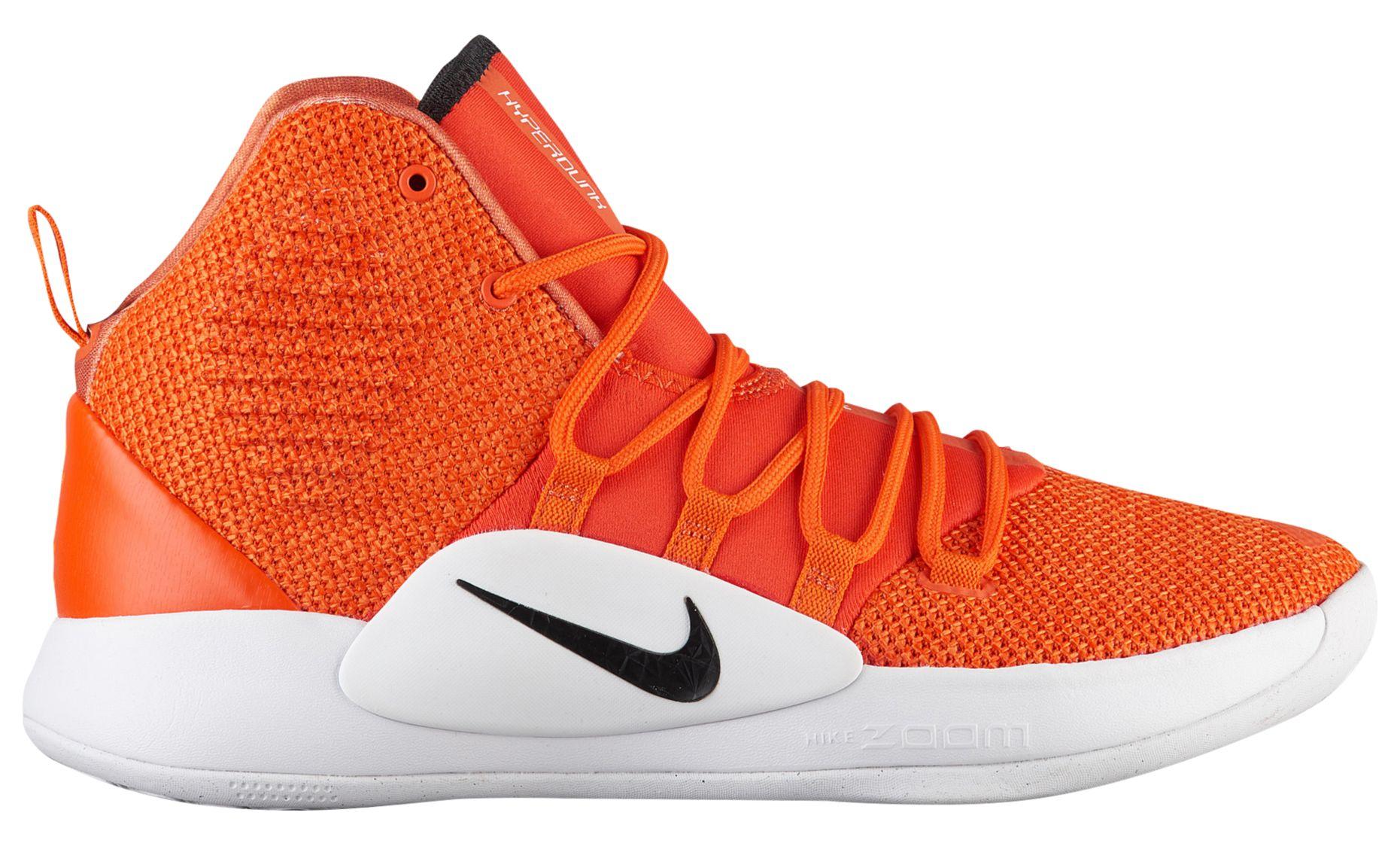 The 2018 Nike Hyperdunk X Finally Has a
