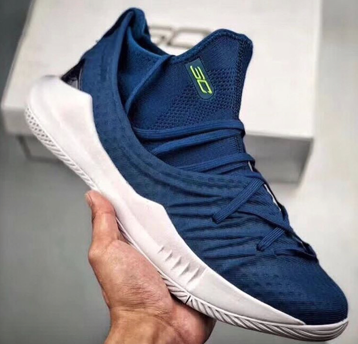 Under Armour Curry 5 Surfaces in Navy Colorway1