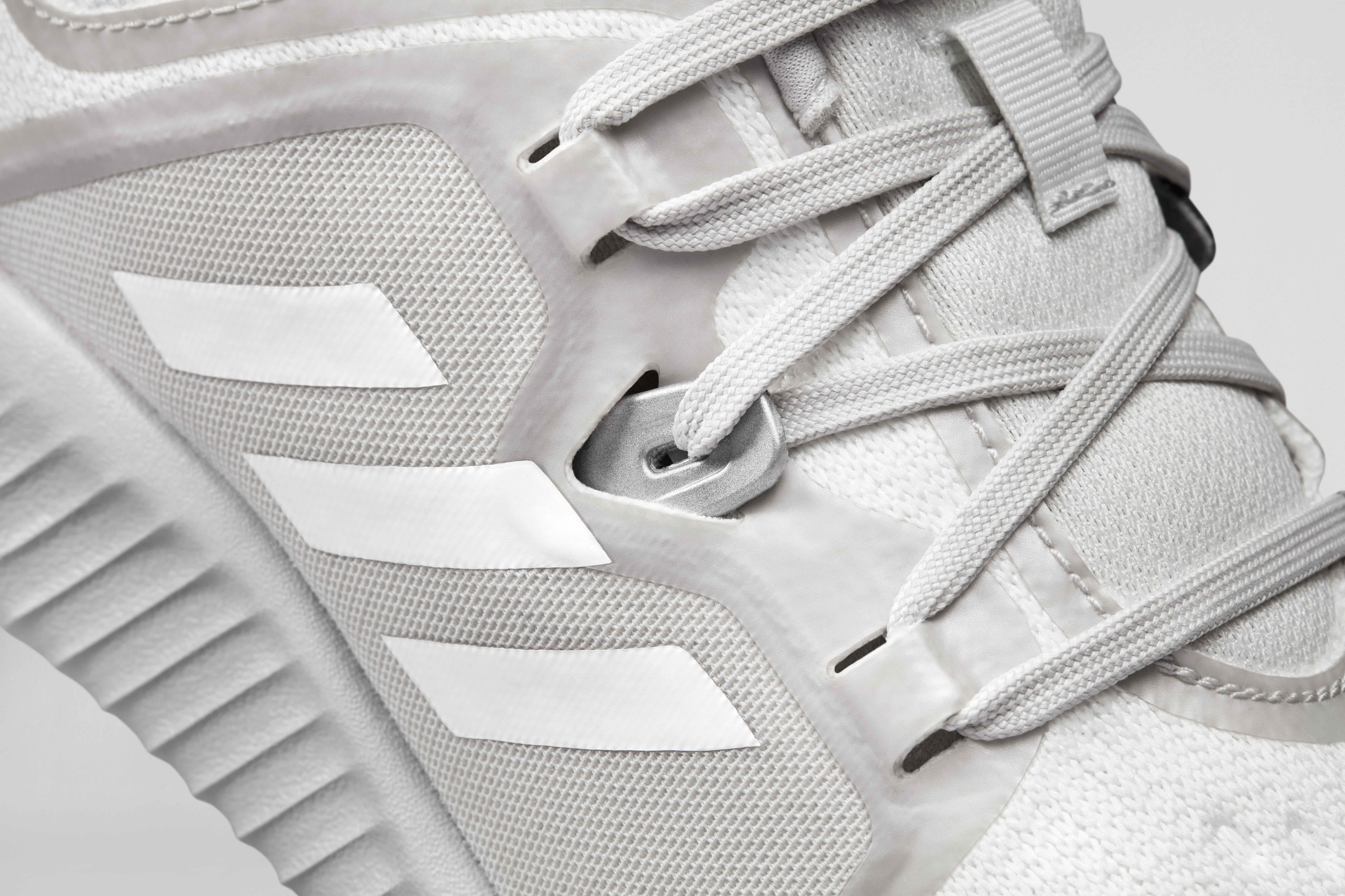 adidas EdgeBOUNCE 8