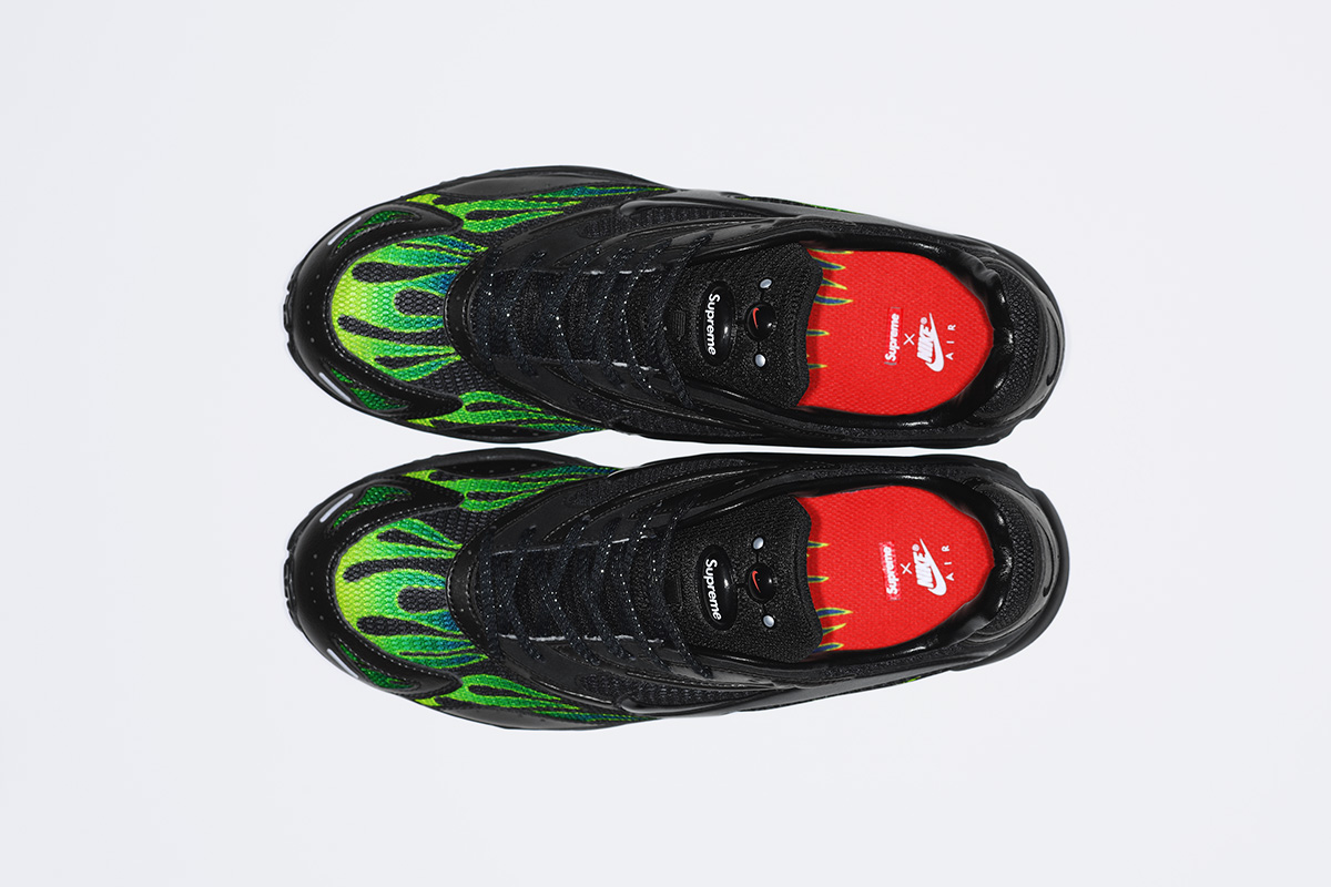 supreme nike air streak spectrum plus green insoles