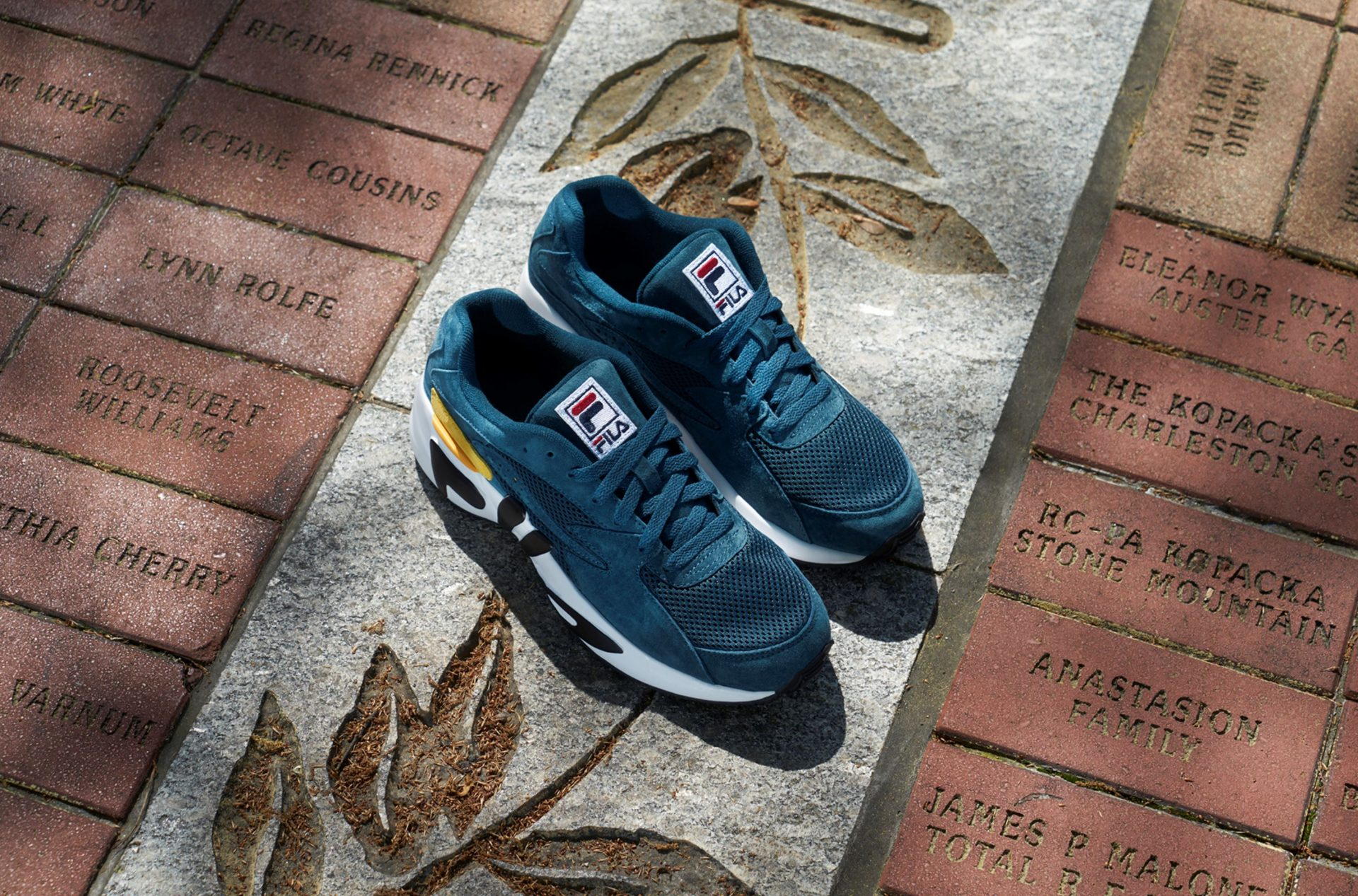 fila mindblower teal 1