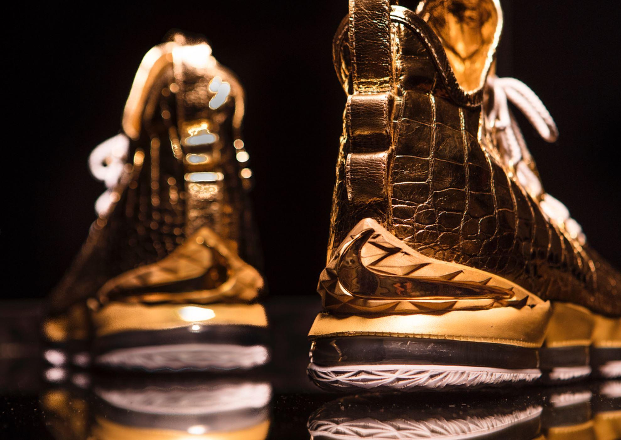the shoe surgeon diamond gold lebron 15 lebron james