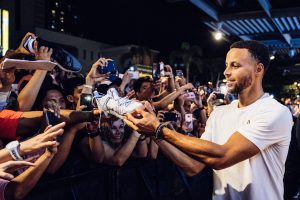 2018 stephen curry asia tour fans
