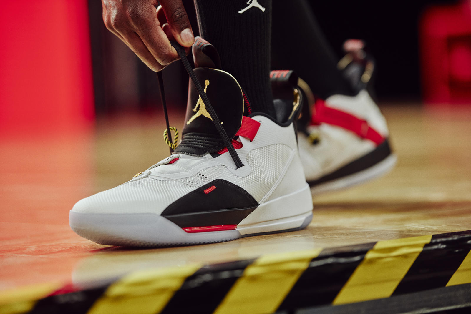 The Air Jordan 33 Introduces the FastFit System and Flight